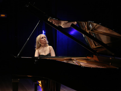 Tamara Stefanovich. George Benjamin dialoga con Olivier Messiaen