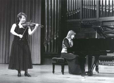 Carmen Tricás y Menchu Mendizábal. Recital de violín y piano