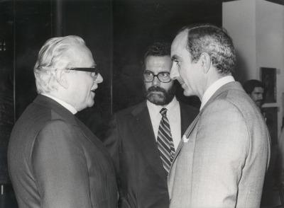 Ernst Schwitters, José Capa Eiríz y José Luis Yuste Grijalba. Exposición Kurt Schwitters