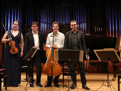 Cecilia Bercovich, Juan Carlos Garvayo, José Luis Estellés Dasí y José Miguel Gómez. Misticismo - Serenidad: músicas para meditar
