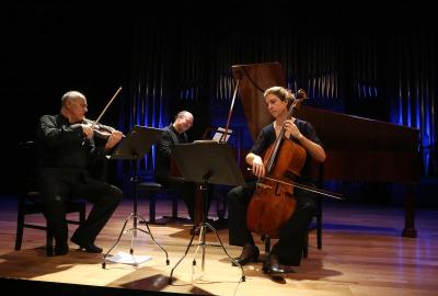 Luigi de Filippi, Arthur Schoonderwoerd y Sarco C. de Vries. Beethoven y Schubert al fortepiano
