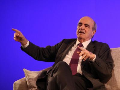 Javier Manterola en diálogo con Antonio San José
