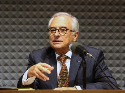 Jorge Urrutia entrevistado por Íñigo Alfonso