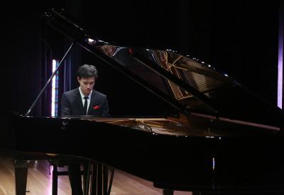 Louis Schwizgebel. Recital de piano