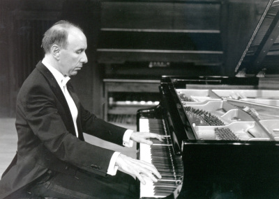 José Francisco Alonso. Concierto Sonatas para piano de Schubert
