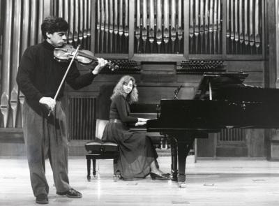 Víctor Correa-Cruz-Cruz y Mariana Gurkova. Recitales para Jóvenes