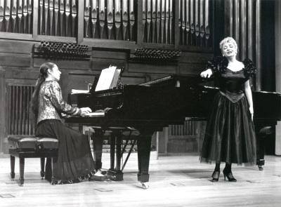 Juana Peñalver y Carmen Parejo. Recital de canto y piano