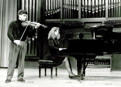 Víctor Correa-Cruz y Mariana Gurkova. Recitales para Jóvenes