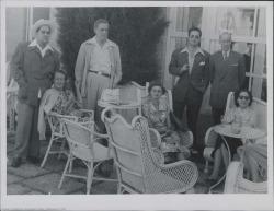 Fotografía de Ernesto Lecuona, Guillermo Fernández-Shaw y otros.