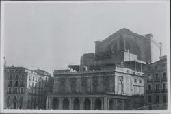 Fotografía del exterior en obras del Teatro Real (Madrid).