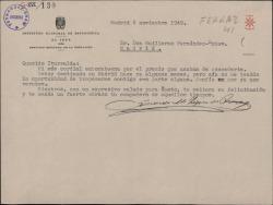 Carta de Eduardo M. López de Rozas a Guillermo Fernández-Shaw, dándole la enhorabuena por un premio que le han concedido.