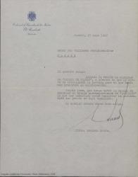 Carta de Eduardo Aunós a Guillermo Fernández-Shaw, enviándole un ejemplar de un libro para que la portada le sirva de orientación para el que están preparando en colaboración.