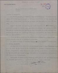 Carta de Juan Alarcón Benito a Guillermo Fernández-Shaw, enviándole dos novelas y hablando de varios temas.