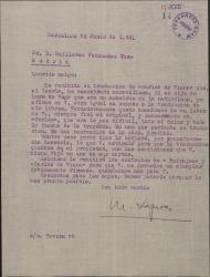 """Carta de Miquel Saperas a Guillermo Fernández-Shaw, elogiando la traducción hecha por éste de """"Carles de Viana"""" y anunciándole el envío del dinero pactado por la misma así como unos contratos para su firma."""