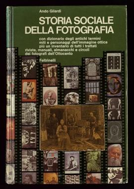 Storia sociale della fotografia